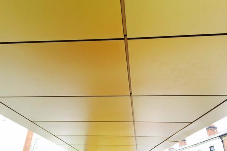 golden-square-02