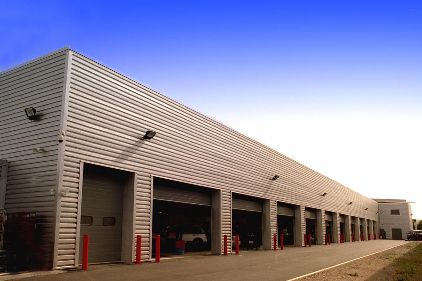 Warehouse roofing project