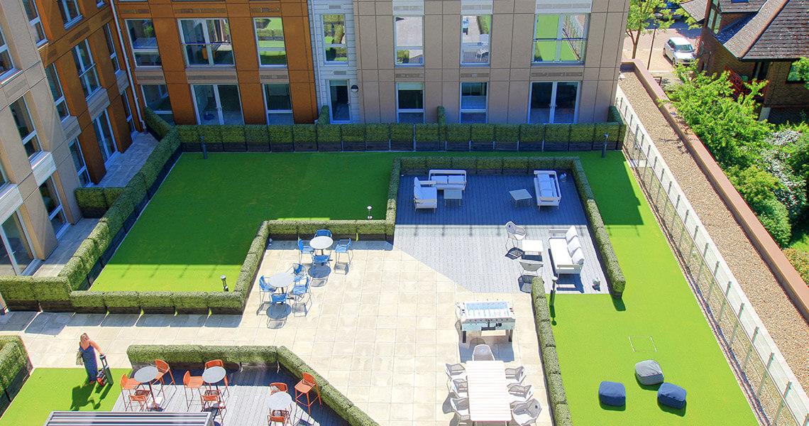 silbury-boulevard-patio